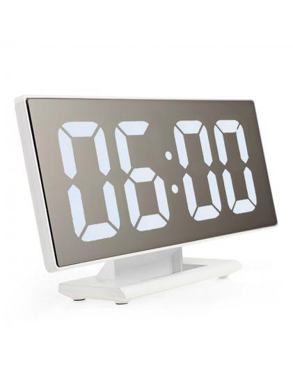 Часы 3618-6 белые цифры